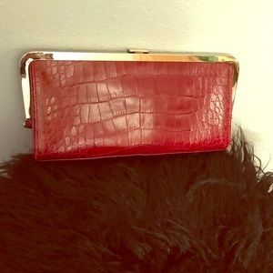Ann Taylor red croc embossed leather clutch
